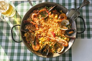 © Toniflap | Dreamstime.com - Paella Photo